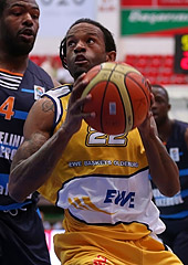 Julius Jenkins (EWE Baskets)